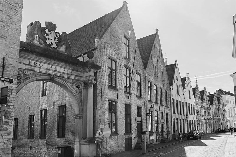 Gevelrij Oude Burg 13-17 Brugge